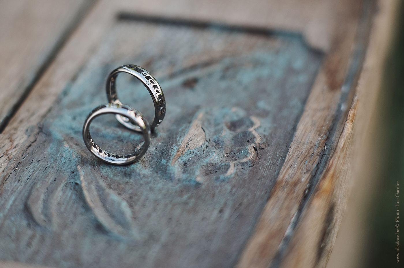 Alliance Alliances design originales personnalisées mariage fiançailles bijoux bague bagues sur-mesure Or Titane Argent diamants IDEALOVE